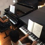 アレクサンダーテクニークとピアノの関係性。7つのメリットをご紹介!